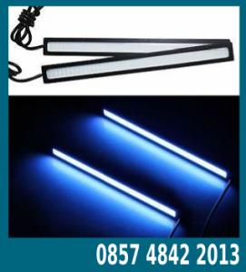 rangkaian lampu led rem mobil