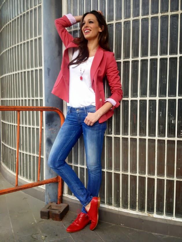 Zapatos Rojos Mujer Outfit