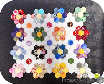 ProsperityStuff - Very tiny English Paper Piecing Hexagon Flowers
