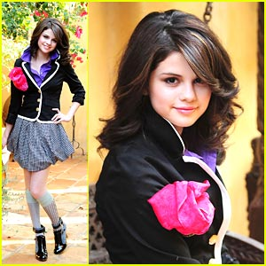 Selena-Gomez-Outfits-Everday-2