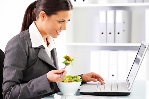 Consejos para una alimentaci n saludable en el trabajo for Una puta con horario de oficina