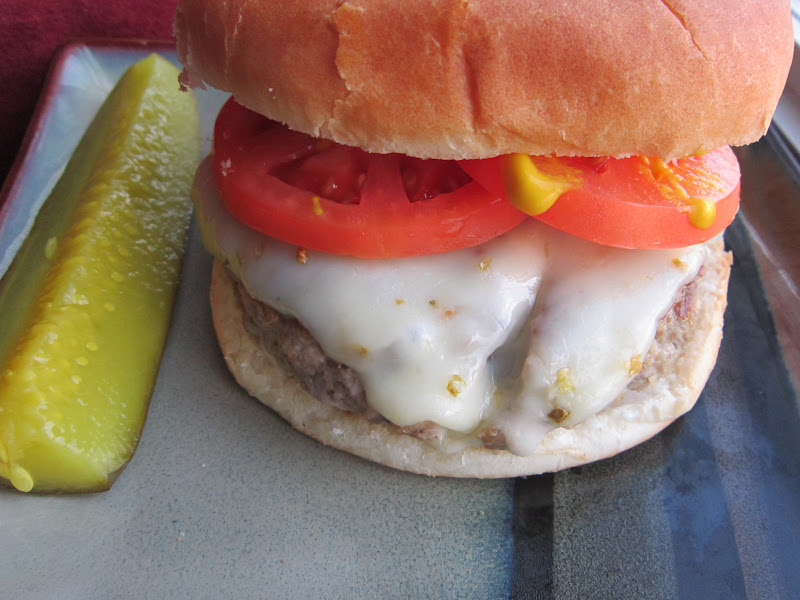 Sweet Beginnings: Recipe Swap: Spicy Pepper Jack Burger