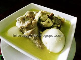 Cara Membuat Opor Ayam Kuah Santan Enak