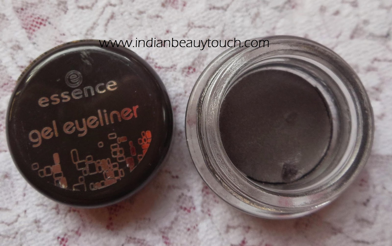 Essence Gel eye liner in 02 London Baby
