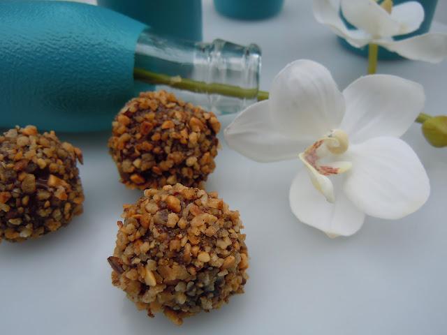 Rochers végétaliens - Dattes, amandes, cacao et brésilienne