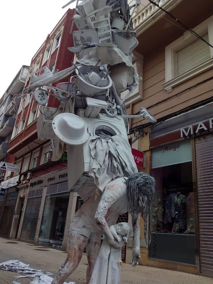 Το άγαλμα της μητέρας