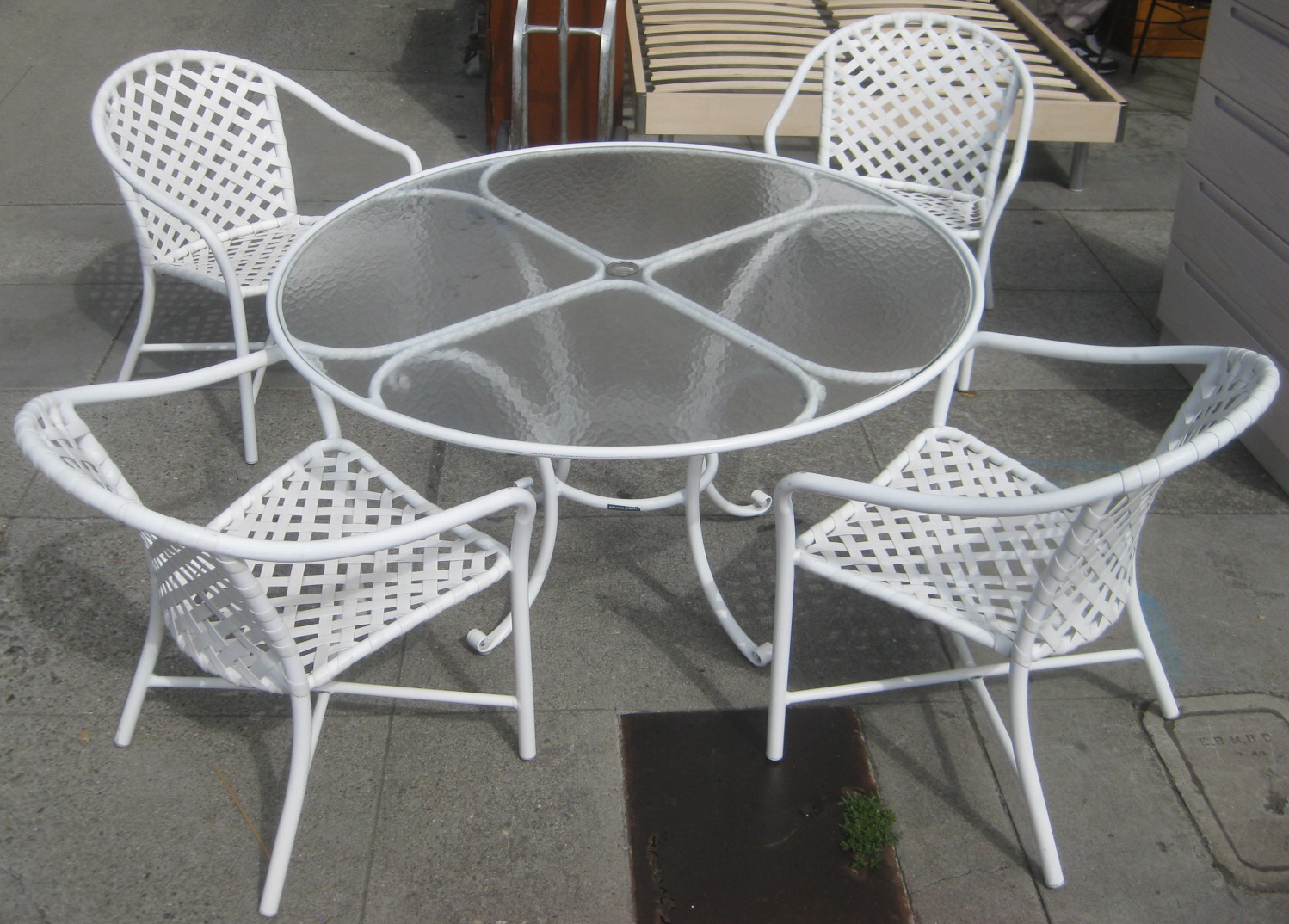 Merveilleux SOLD   Brown Jordan Table And 4 Chairs   $175