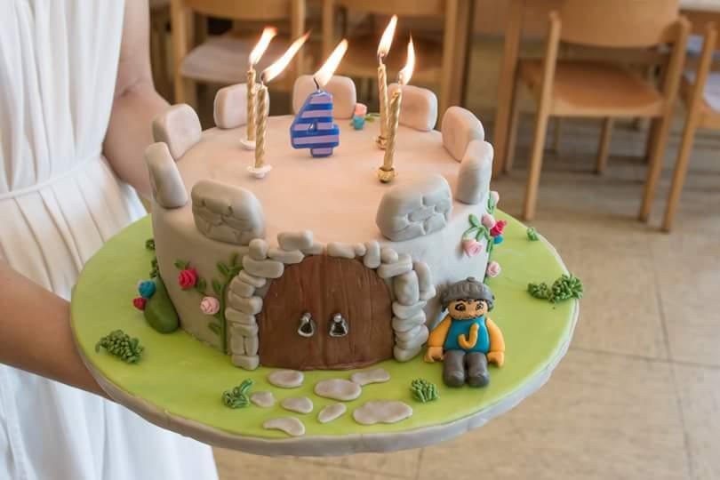 Retro Bakery Backen Wie Zu Omas Zeit Erdbeer Creme Torte Fur