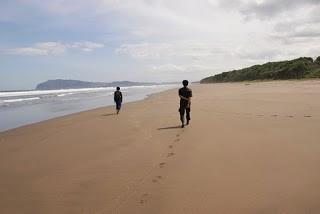 Pantai Ngagelan, Banyuwangi.
