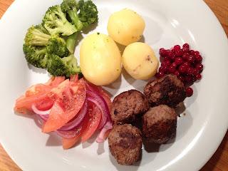 köttbullar med potatis istället för ströbröd