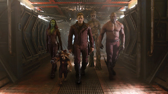chris pratt as peter quill / star-lord zoe saldana as gamora bradley cooper as rocket raccoon (voice) dave bautista as drax the destroyer vin diesel as groot (voice)