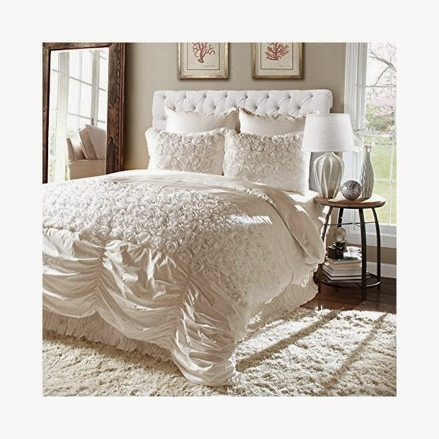 Nice  style in your bedroom this forter set should be on your list Seriously I am in love with this but it doesn ut match our lifestyle so much