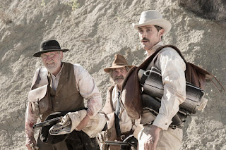 bone tomahawk-richard jenkins-kurt russell-matthew fox