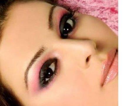 este post es un pedido de nuestra seguidora pilar rojas quien quiere saber como maquillar sus enigmticos ojos color negro aprendamos a sacarle provecho