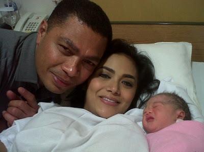 Aryana Amora Lemos, Anak Krisdayanti dan Raul Lemos