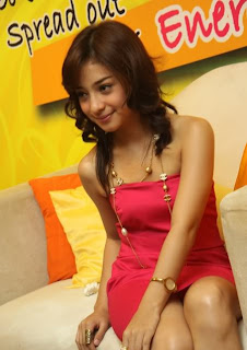 Foto Nikita Willy Kelihatan CD-nya