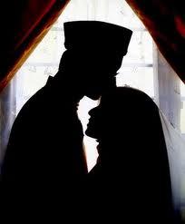 11 ciri-ciri istri yang mencintai suami - suryapost.com