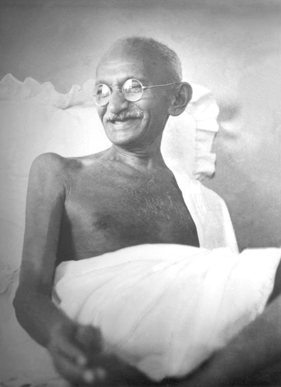 Essay mahatma gandhi great leader