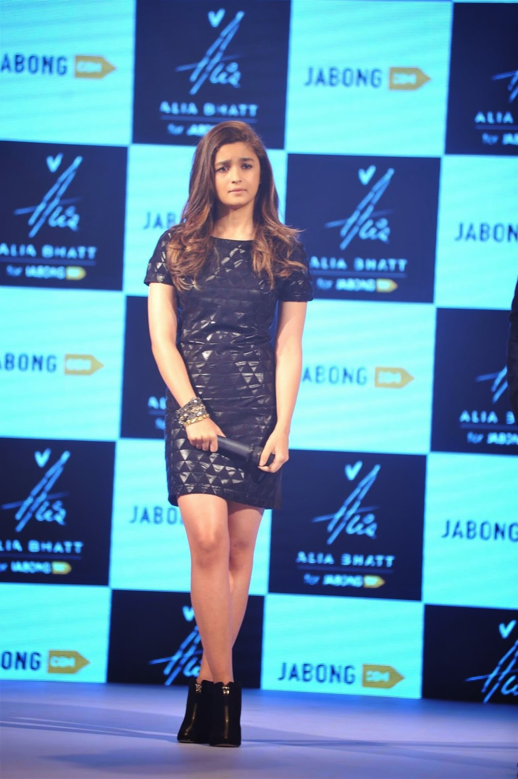 Alia Bhatt Unveiled The 'Alia Bhatt for Jabong' Collection