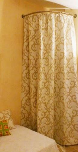 Galbobain l 39 l gance dans la salle de bain cacher une chauffe eau ou un - Comment cacher un chauffe eau ...