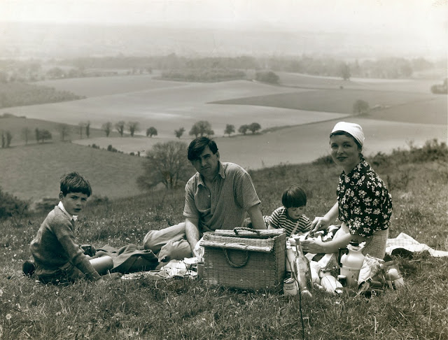 Wye Valley picnic