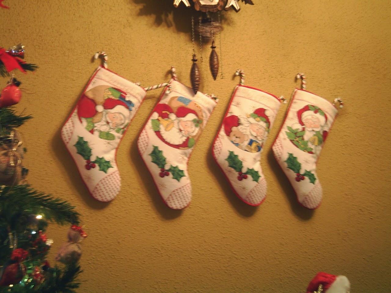 medias navideñas de colores