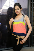 Abha Singhal latest photos at Dil Diwana press meet-thumbnail-16