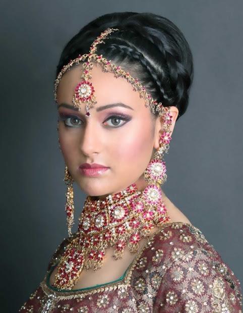 jhoomar collection brides