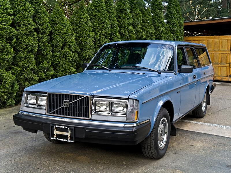 Daily Turismo: 5k: Mintiest Thorsday Ever: 1983 Volvo 245DL
