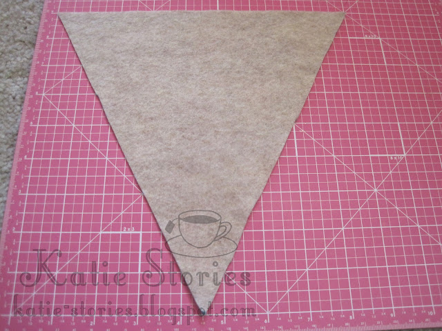DIY No Sew Burlap Banner with Tutorial