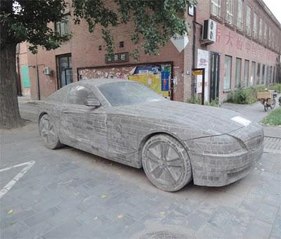 Replika BMW Z4 Terunik,Terbuat Dari Batu Bata dan Seharga 1,2 M