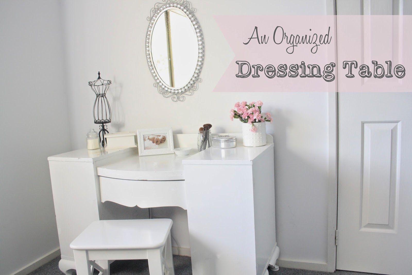an organized dressing table | a bowl full of lemons
