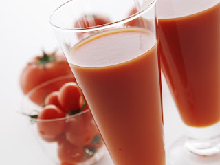 Cara Menghilangkan Jerawat Dengan Jus Tomat