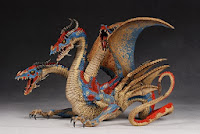 http://arcadiashop.blogspot.it/2013/11/mcfarlanes-dragons-series-7-deluxe.html