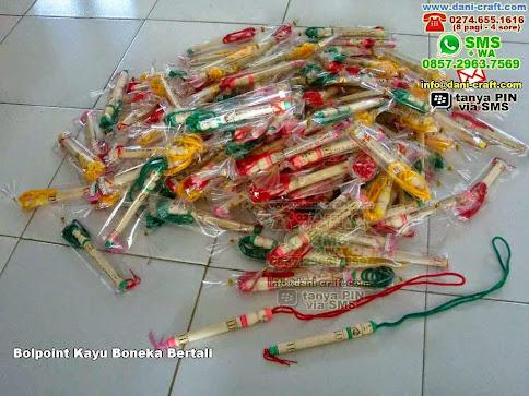 Bolpoint Kayu Boneka Bertali Kayu Padang