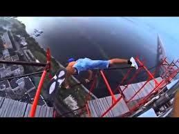 Russos adoram adrenalina e jogos perigosos