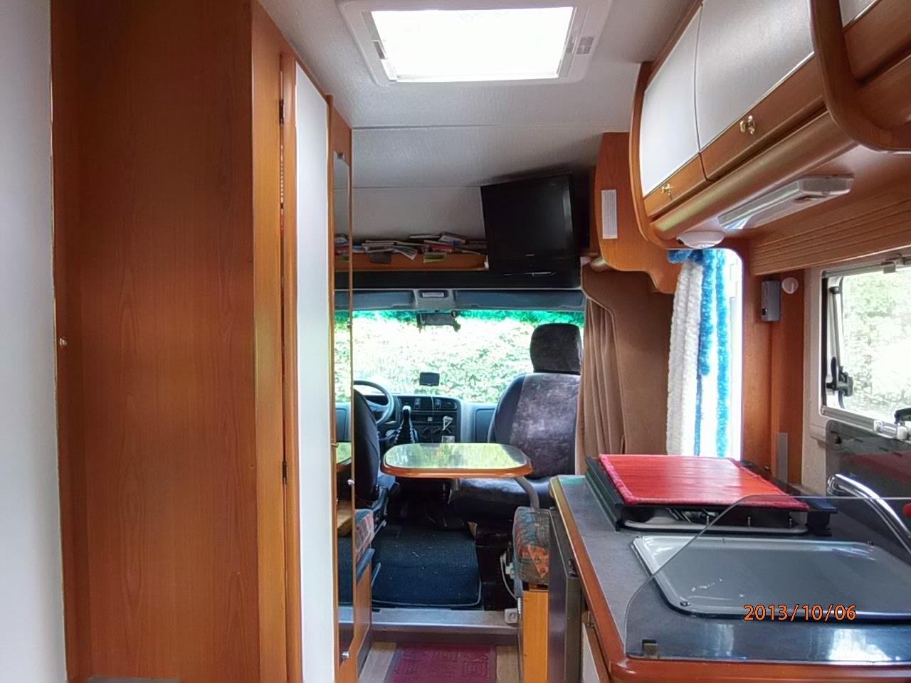 vendanges aires de camping car services et stationnement. Black Bedroom Furniture Sets. Home Design Ideas