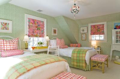 habitación niña rosa verde