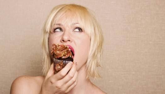 kebiasaan buruk saat makan