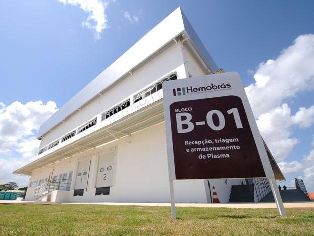 http://www.blogdofelipeandrade.com.br/2015/12/policia-federal-deflagra-operacao-para.html
