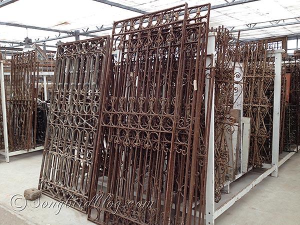 Iron gates metal garden for sale