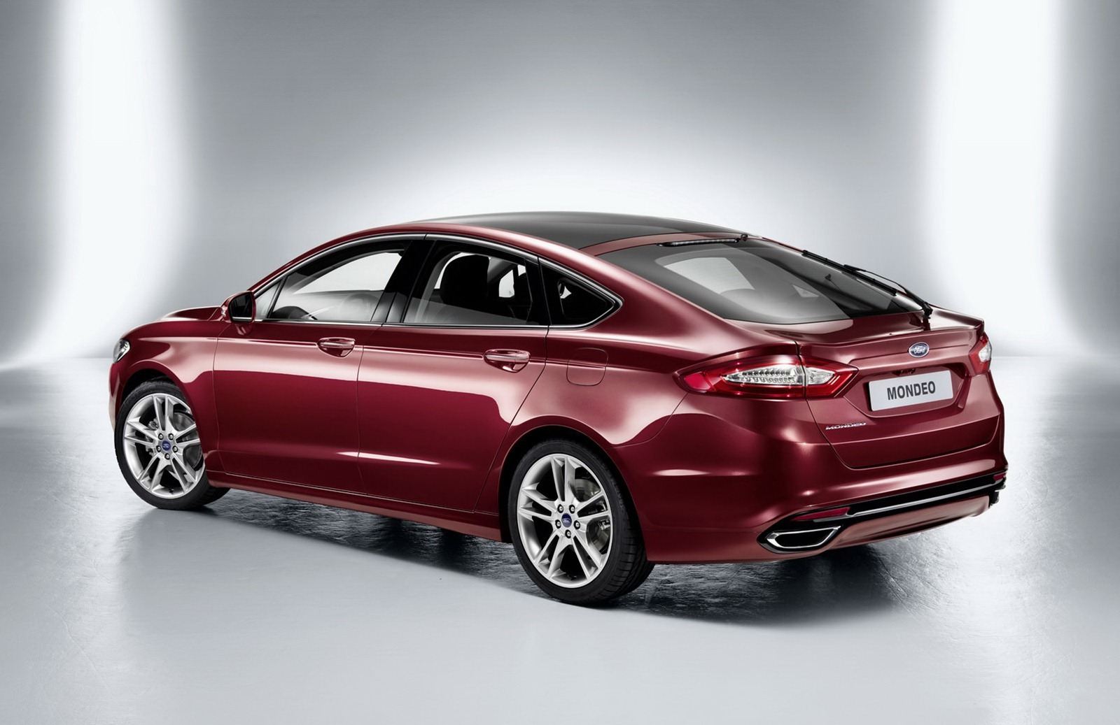 car of the future 2013 ford mondeo wagon sedan announced. Black Bedroom Furniture Sets. Home Design Ideas
