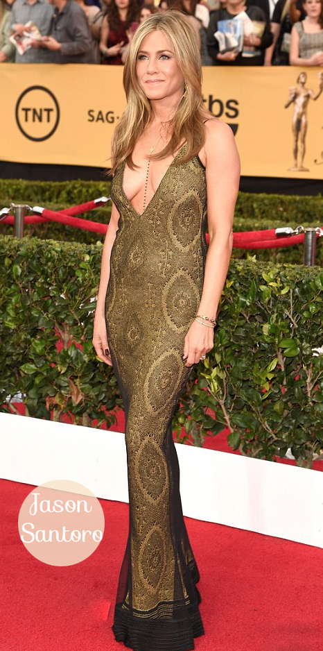 Jennifer Aniston a golden goddess at SAG Awards.