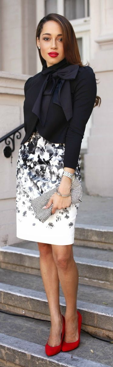 Amazing Business Lady Look Black and White Classical colors Perfect Skirt.