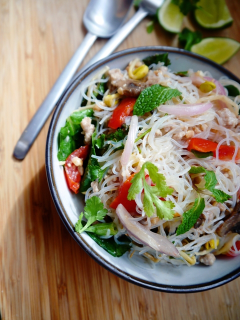 Yum Woon Sen - Spicy Thai Glass Noodles Salad 5 | Thailand Recipes