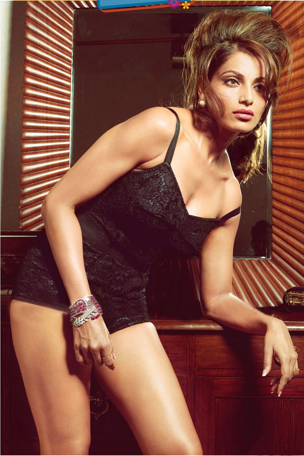 Bipasha Basu Hot S Pictures Images Wallpapers