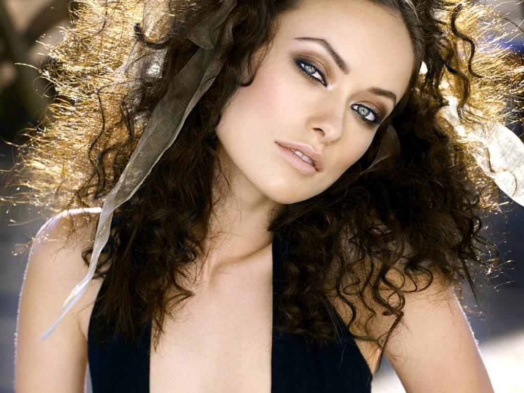 http://4.bp.blogspot.com/-MODokw36HI4/TcQ93zCz-kI/AAAAAAAAAgw/XUHRSJOwcIM/s1600/Olivia-olivia1.jpg