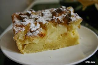 http://www.biesydwa.pl/2013/05/ciasto-jabkowo-orzechowe.html