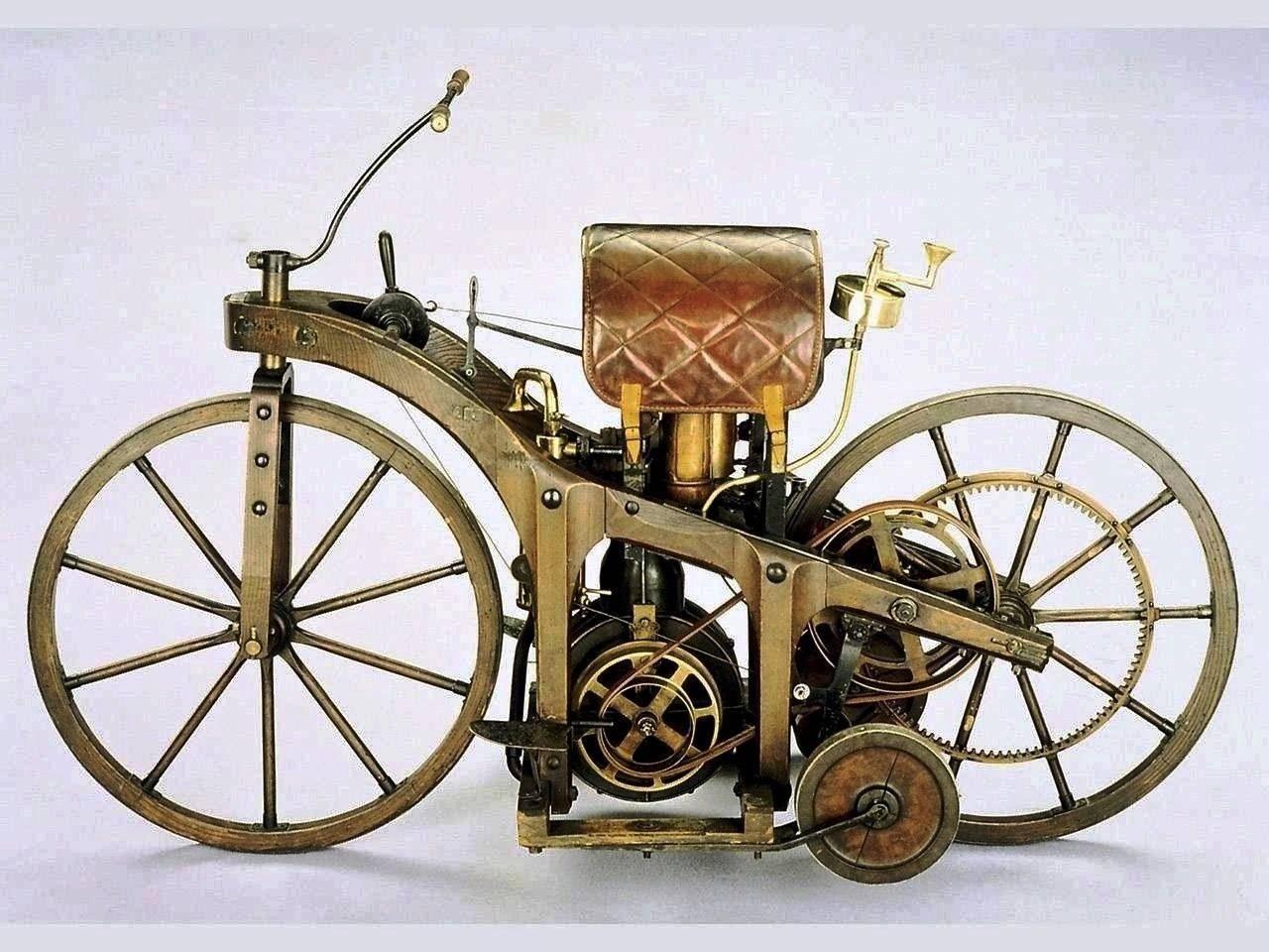 http://4.bp.blogspot.com/-MOlF_Ubgj84/TuxBu1Je1HI/AAAAAAAADmk/ap-Jj8CQJgc/s1600/1885_Daimler_Riding_car_Studio_S_Studio_1280x960_model_car_images_wall_paper_papers_psuperos_pictures_cars_pics.jpg