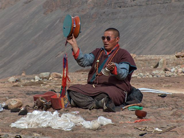 """sky burial rituals in tibetan buddhism Tibetan buddhists perform sky burials in the mountains of tibet signifying the beginning of a new life for the deceased who is being """"buried."""
